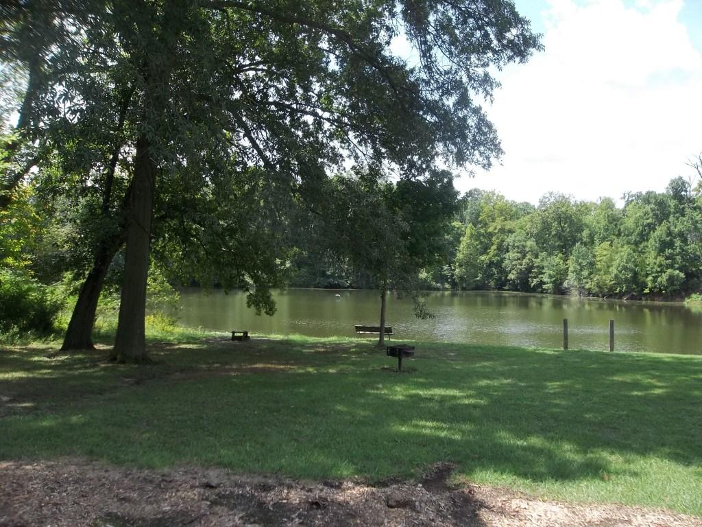 Oak Valley Golf and Resort Fishing Lake